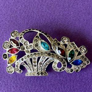 Vintage brooch excellent condition!